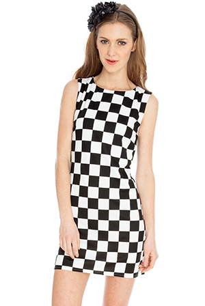 Fully-Lined-Mono-Check-Shift-Dress