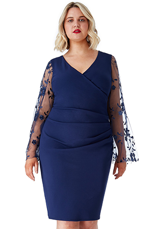 Wholesale-Plus-Size-Ruched-Pleat-Midi-Dress-with-Sheer-Embroidered-Sleeves