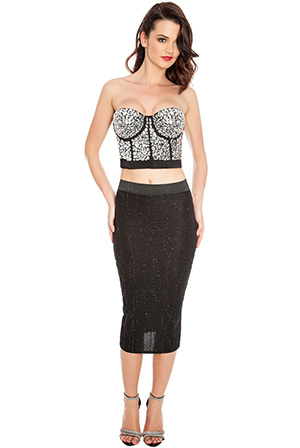 Black-textured-pencil-skirt