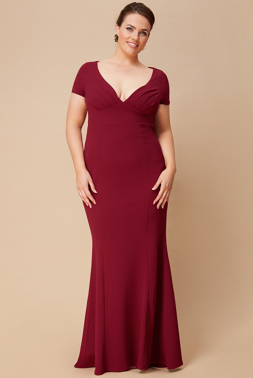 Wholesale Plus Size Sweetheart Neck Maxi Dress